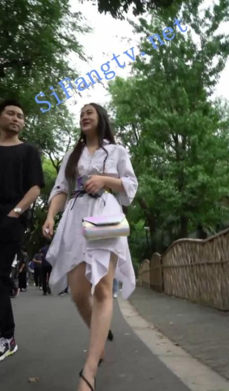 [首发CD]华尔兹2019街拍系列42-白裙美女居然是白色蕾丝内-福利好好看