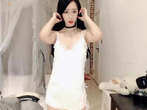 [ut-正爽]神似王丽坤的姐,掰起玉腿,大跳蛋-福利好好看