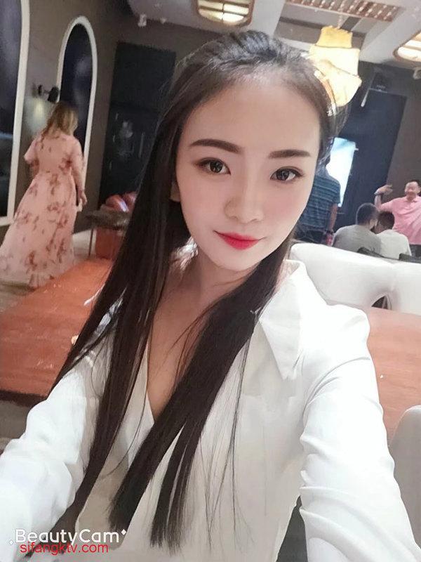 [女神&母狗]哈尔滨超级美女李韵[1213P/17V/3.9G]-福利好好看