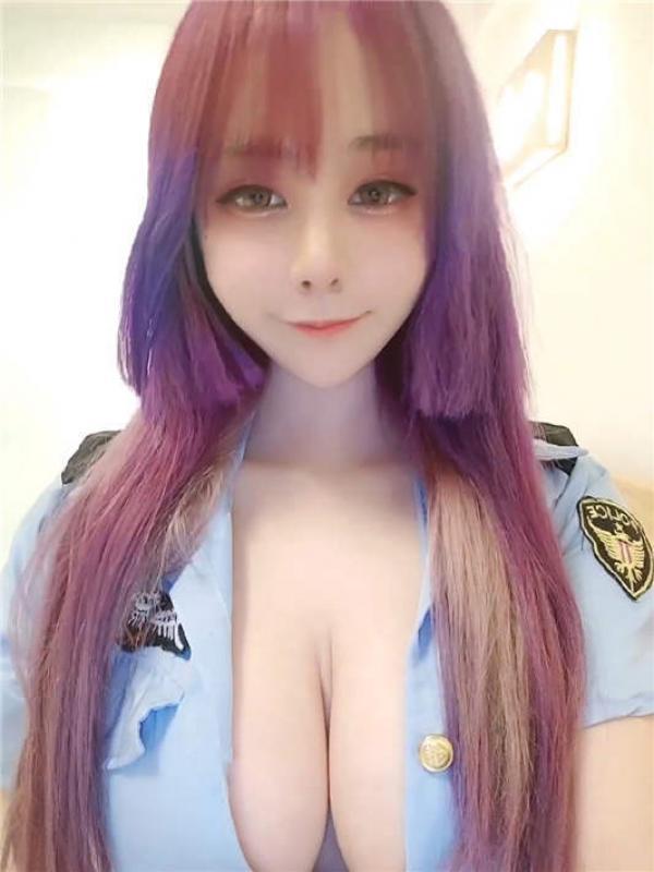 童颜巨乳漫展Cos美少女▌小尤奈▌最新流出警花制服zw[1V/851MB]-福利好好看
