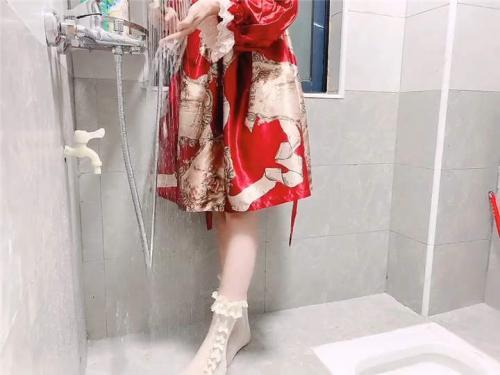 小兔软糖720定制–红色洛丽塔浴室[1V/1.45G]-福利好好看