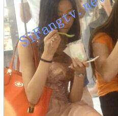 【CD抄底】精品国产PL系列91-美女吃冰淇淋不知自己前后失守