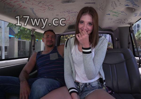 欧美街头搭讪18岁超粉嫩素人美少女上车一顿啪啪啪