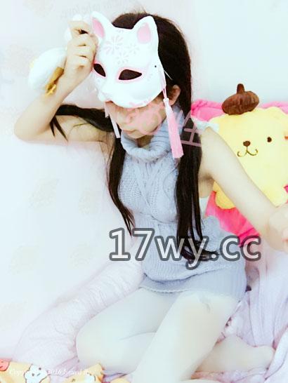 微博红人猫性少女VIP图包视频福利之高领毛衣