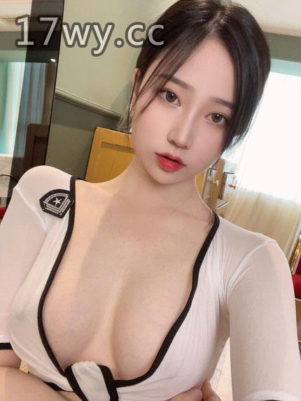 网红模特@年年自拍私房作品全套合集
