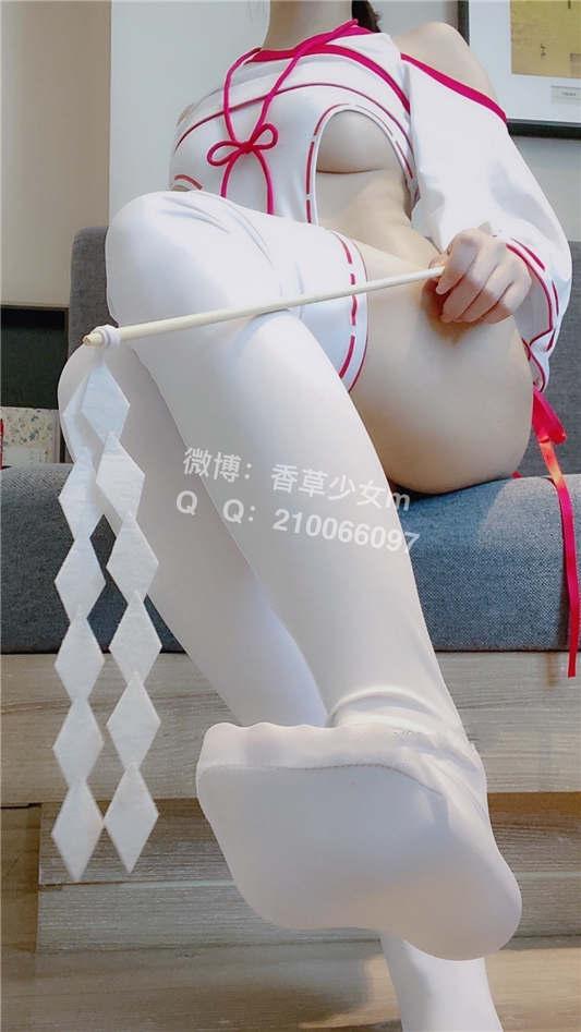 香草少女(九尾狐狸)- 性感巫女[42P+1V/1.47G]