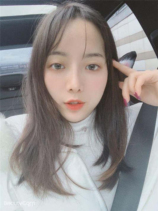 【高端泄密】大美女王媛媛极品视图流出[34P/1V/203MB]