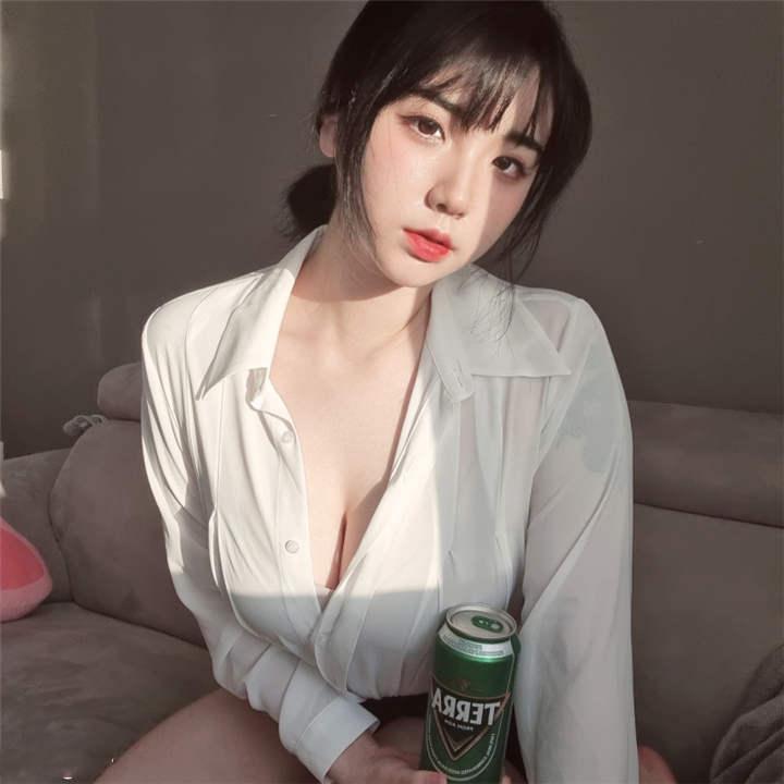 多人寻求的极品网红 EHICH ONLYFANS合集[72V/3.94G]