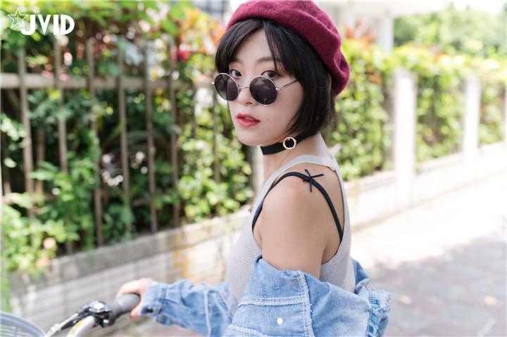 JVID 单车女孩猫猫穿迷你短裙学骑脚踏车[47P/1V/910MB]