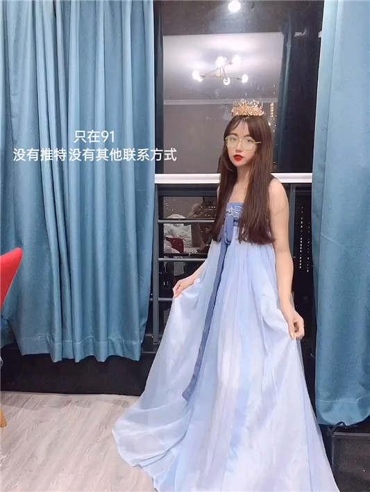 火爆全网91女神【不见星空】2021版私拍流出[7V/588MB]