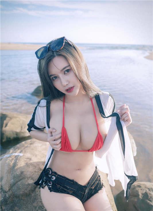 神似关之琳巨乳女神木木森的比基尼全裸沙滩[112P/1V/286MB]