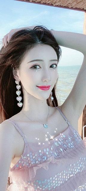 抖音百万粉丝女网红 宸荨樱桃 视频流出[5V/17MB]