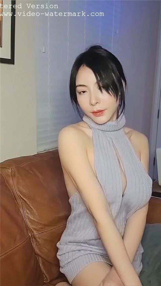 网红女神【谭晓彤】大尺度付费打赏爆乳女仆诱惑[1V/369MB]